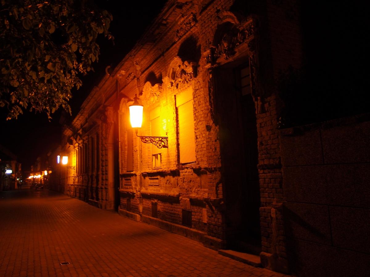 Славонски брод през нощта